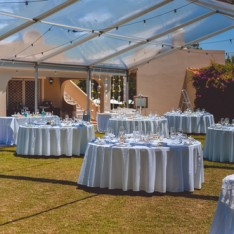 wedding-marquee-setup