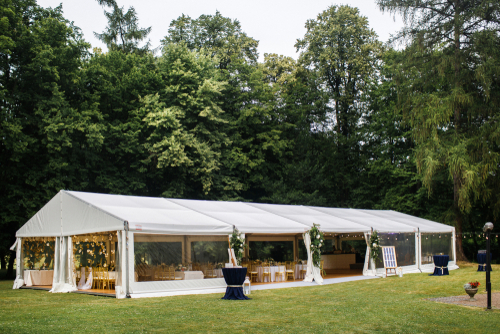 white-marquee-in-park